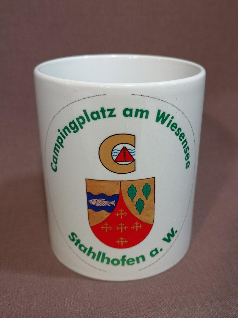 Ab sofort exklusiv bei uns und in der Gaststätte @bei_dem_hollander auf Bestellung erhältlich. Die Tasse mit dem Logo des @campingplatz_am_wiesensee Je Tasse (300ml) 10,50 €